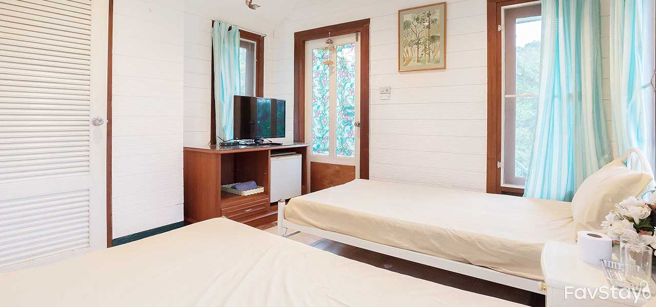 Favstay rent trendy condos or stylish villas in thailand s for Internet 28717