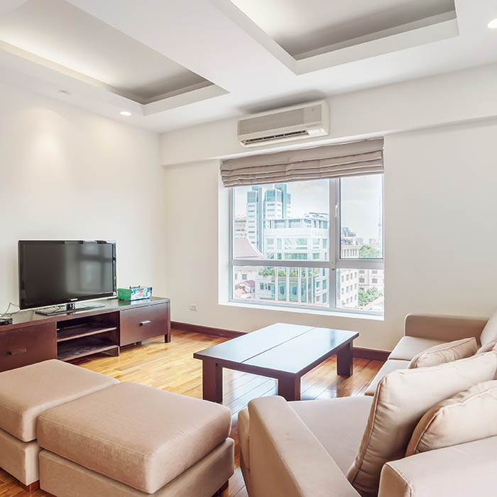 Contemporary Grande Apt. with Log style and Great city view 2BR