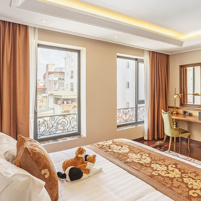 Prime Luxury One Bedroom - Great Spot of Hanoi!