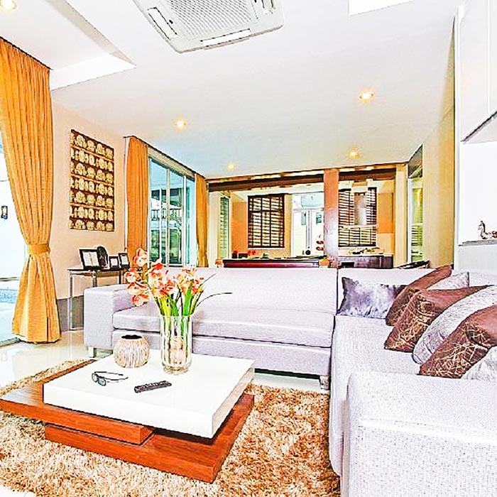 Luxury Closet Pool Villa