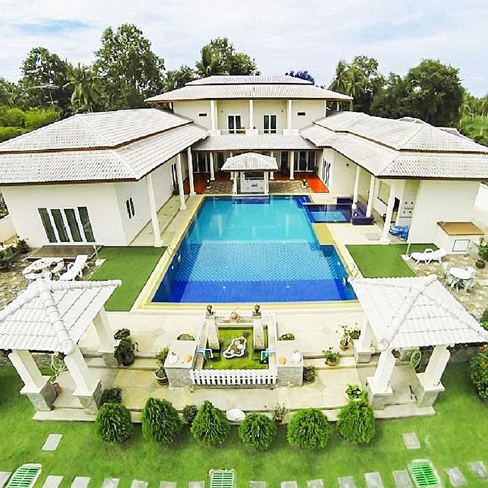 Ivory Mansion 7 Bedroom Villa