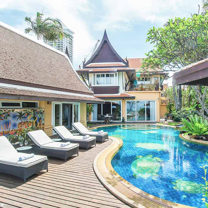 Havens Edge 6 Bedroom Beachfront Villa