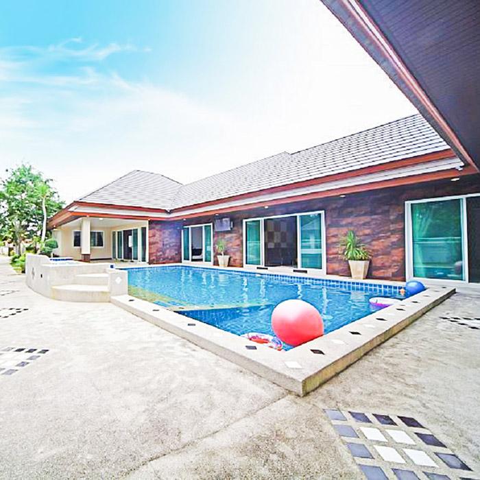 Tropical Hideaway 6 Bedroom Villa